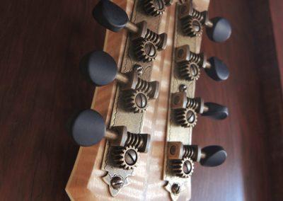 mandolin-2point-233-91-900