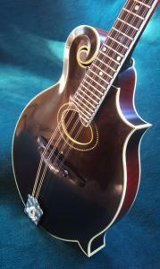 mandolin-f4-5712
