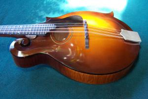 mandolin-f4-6518